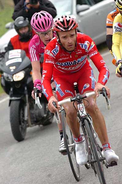 michele-scarponi-acqua-sapone-caffd0b8-mokambo-drives-the-break-up-monte-trebbio2007