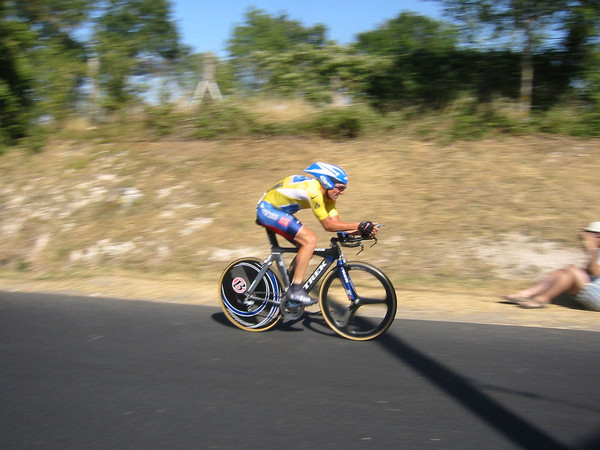 tour_de_france_2003_armstrong_ITT