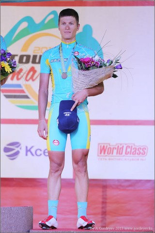 tour-of-almaty-2013-podium-4150