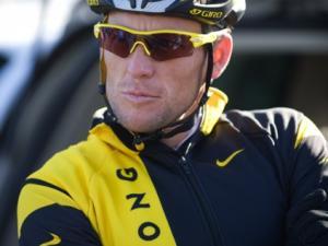 astana-california-camp-2009-05-Lance-Armstrong.jpg