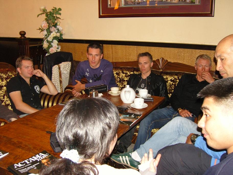 fans-meeting-almaty-23102009-11