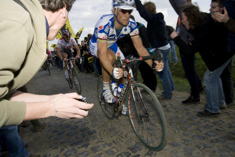 Том Бонен стал победителем Париж-Рубэ 2008-го года, второй раз в своей карьере
