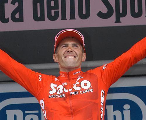 2003gilberto-simoni-saeco-is-happy-with-his-victories