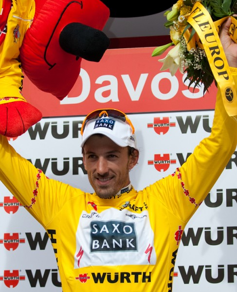 _small_cancellara_stays_in_yellow_600