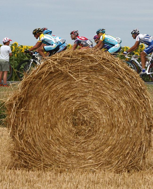 CYCLING-FRA-TDF-2009-LIMOGES-ISSOUDUN-PACK-POSTCARD-ARMSTRONG-EV