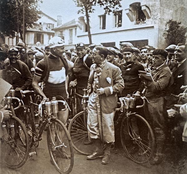 binda_at_start_tour_1930
