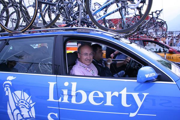 менеджер Либерти Сегурос Маноло Сайс, до скандала – одна из самых уважаемых и влиятельных фигур велоспорта