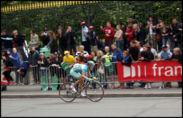 tour_de_france_2005_Vinokourov_alexander_stage21_paris