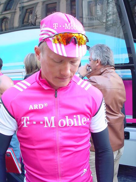 vinokourov_T_mobile_2004