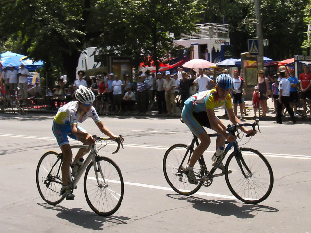 https://astanafans.com/wp-content/uploads/2010/06/Presidents-Cycling-Cup-2010-04-640x480.jpg