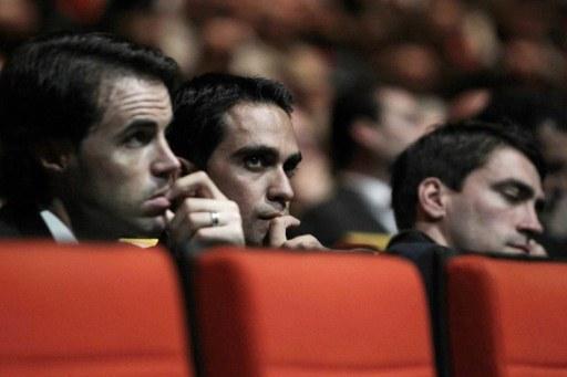 испанцы Саму Санчес и Альберто Контадор на представлении маршрута ТДФ-2012