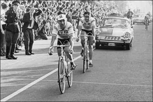 Первая редакция гонки, 1966 года. Победитель -  Jean Stablinski (FRA) 07:48:50, второе место -  Bernard Van De Kerckhove (BEL)