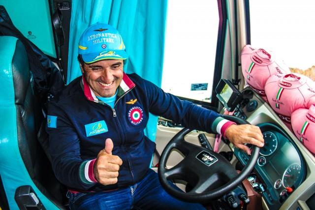 Водитель автобуса - Федерико Борселли