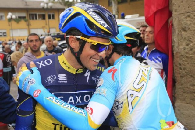 Альберто Контадор и Паоло Тиралонго. Photo: © Bettini