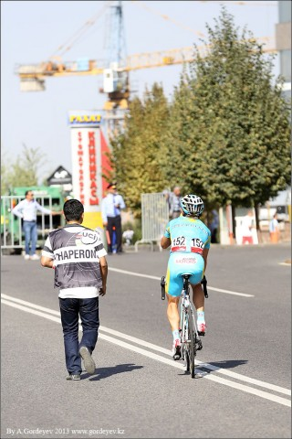 tour-of-almaty-2013-podium-4000