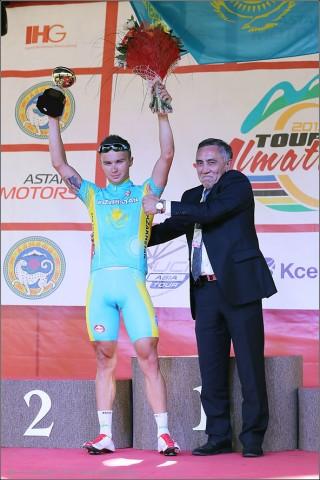 tour-of-almaty-2013-podium-4032