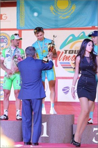 tour-of-almaty-2013-podium-4098