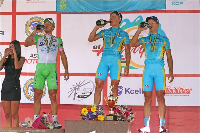 tour-of-almaty-2013-podium-4178