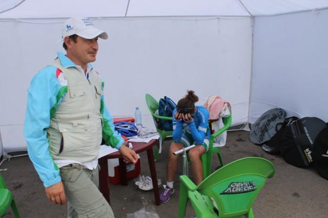 Эмоции гонщицы из Узбекистана после гонки.