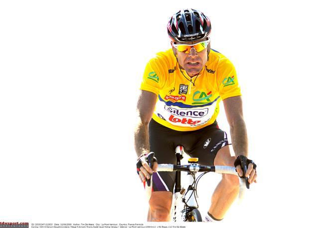 Эванс потерял лидерство в 2009 на Мон Вонту. Photo: © Tim de Waele/TDW Sport