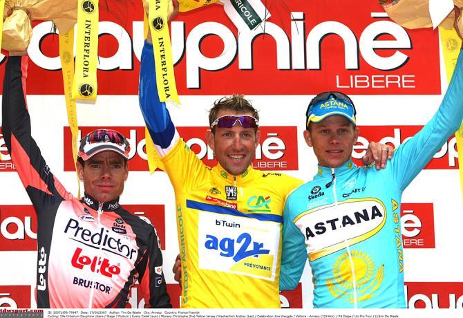 Подиум 2007: Эванс, Кристоф Моро, Андрей Кашечкин. Photo: © Tim de Waele/TDW Sport