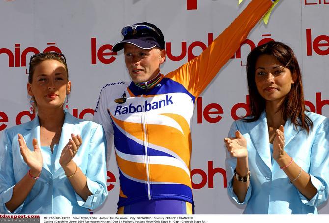 Микаель Расмуссен лидирует в 2004. Photo: © Tim de Waele/TDW Sport