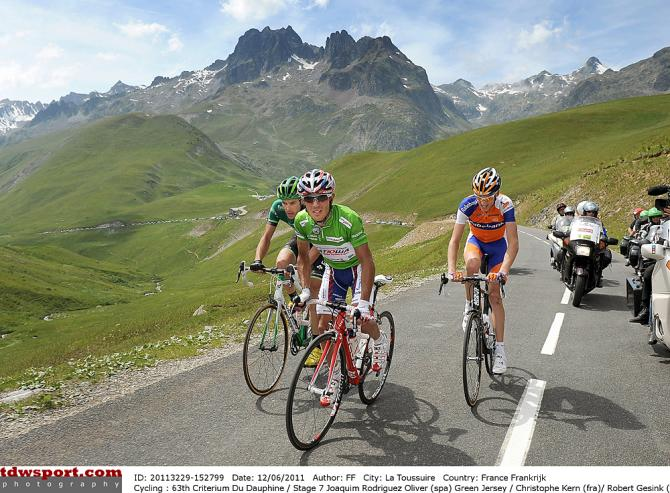 Высокие горы выбирают лучших. Photo: © Tim de Waele/TDW Sport