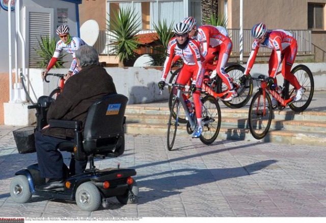 gallery-katusha-presents-2015-team-in-calpe--03