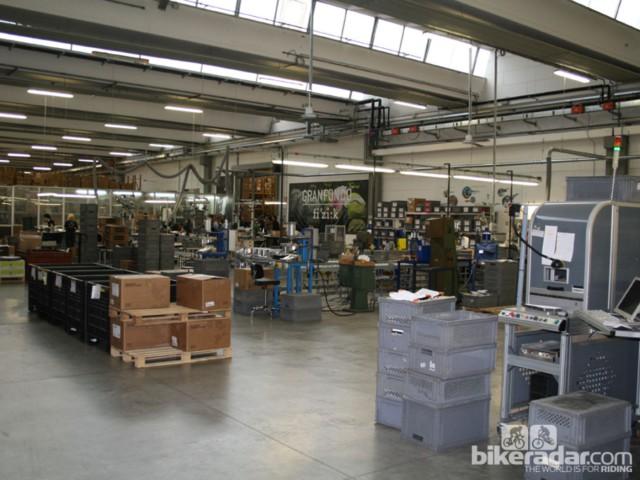 Этаж фабрики