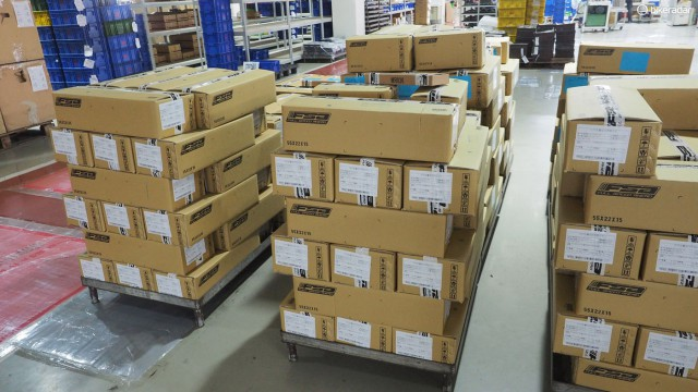 Штабеля готовой продукции упакованы и готовы к отправке