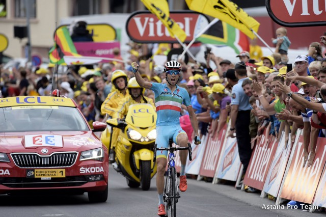 Bettini photo for Astana Pro Team