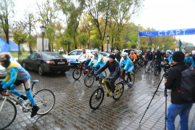 """Старт Благотворительного велопробега """"Rixos Khadisha Shymkent"""""""