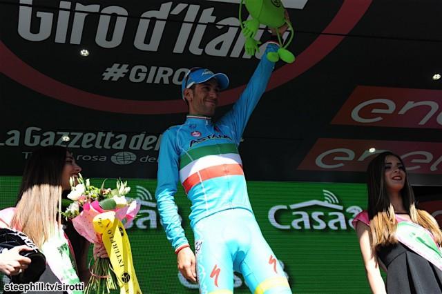 27-05-2016 Giro D'italia; Tappa 19 Pinerolo - Risoul; 2016, Astana; Nibali, Vincenzo; Risoul;