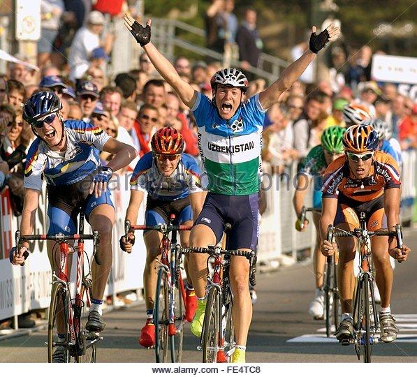 Чемпионат Мира U23 от 2003 года в Канаде. На подиуме Йохан Вансюммерен и Томас Деккер