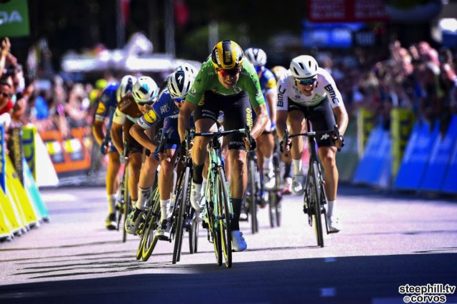 Voiron - France - wielrennen - cycling - cyclisme - radsport -  VAN AERT Wout (BEL) of TEAM JUMBO - VISMA, BENNETT Sam Ireland of BORA-HANSGROHE, ALAPHILIPPE Julian France of DECEUNINCK  QUICK-STEP pictured during stage 5 of the 71th edition of the Criterium du Dauphine Libere cycling race, from Boën-sur-Lignon to Voiron (201KM) - photo VK/PN/Cor Vos © 2019
